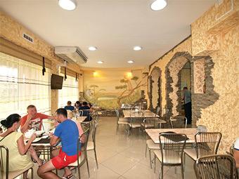 Золотой Лев - фото кафе